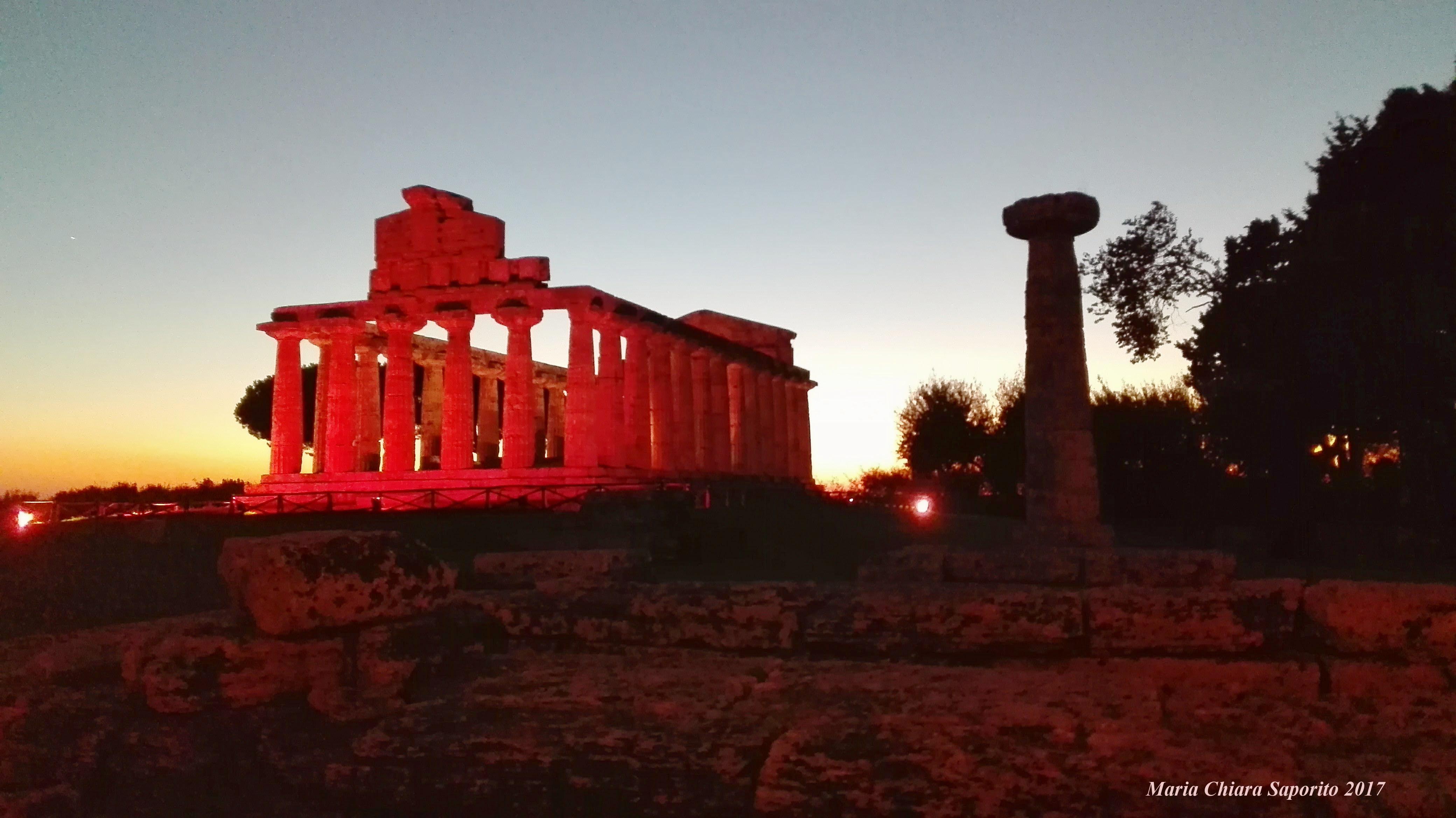 Parco Archeologico di Paestum, tramonto sui Templi