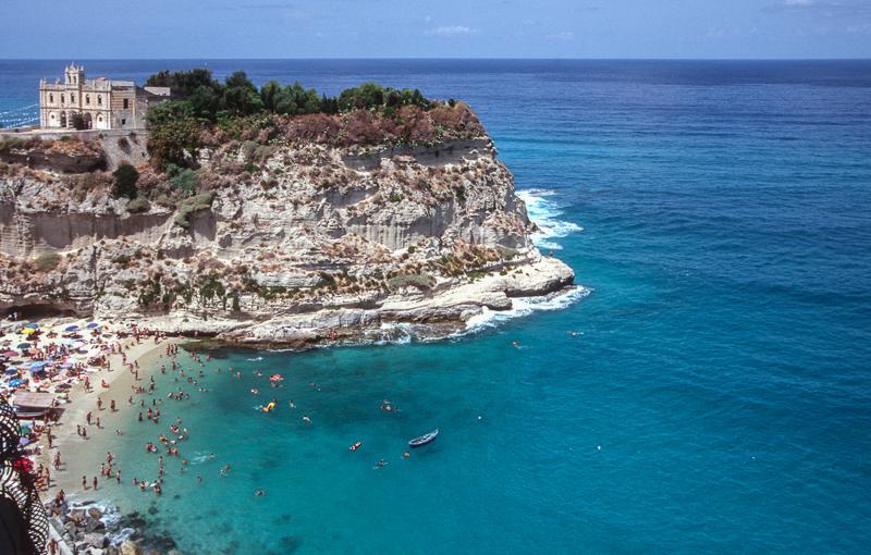 Tropea: 7 spiagge da sogno dai paesaggiunici