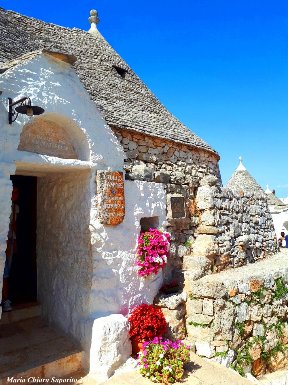 Alberobello cosa vedere Trullo Siamese