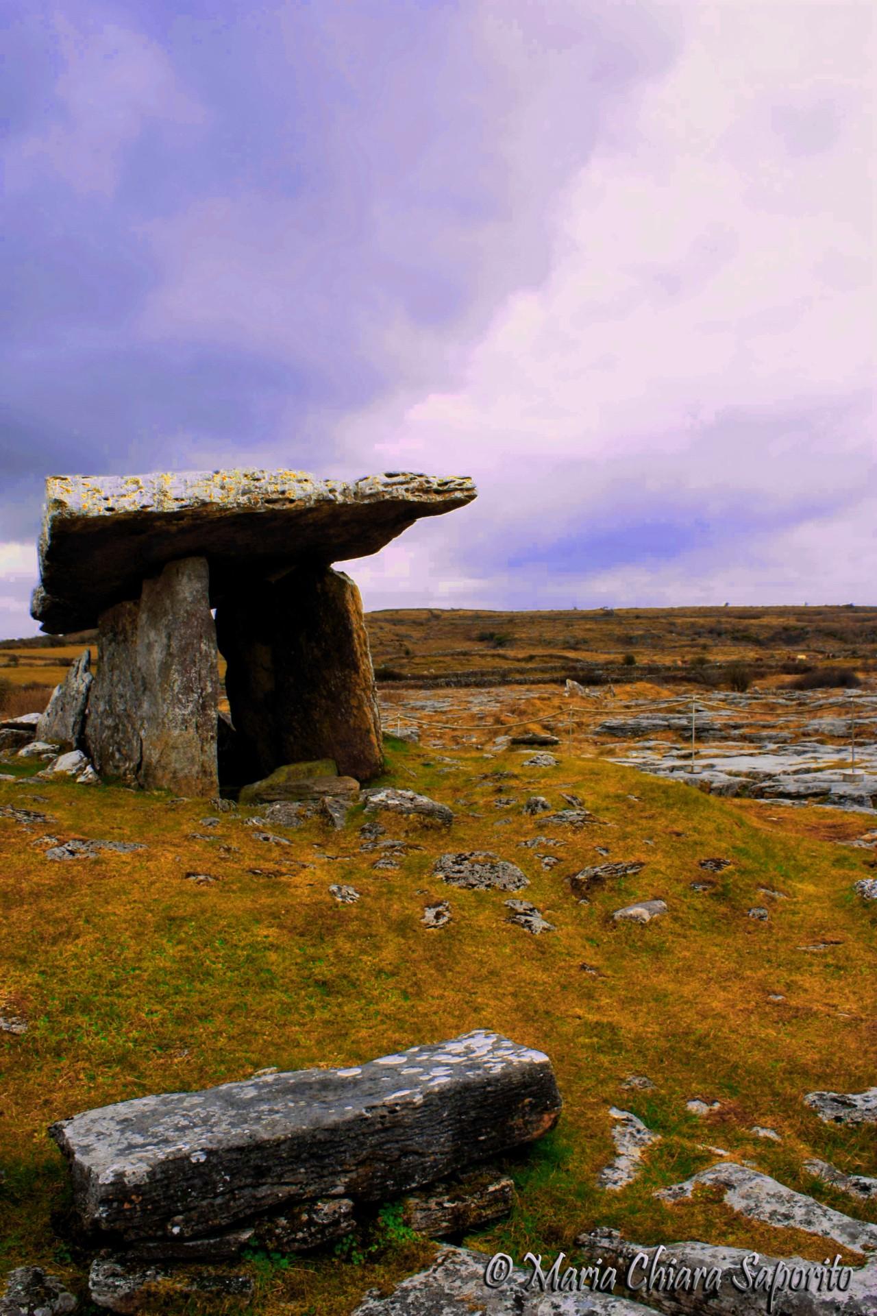 Tour Irlanda Dolmen di Poulnabrone Burren