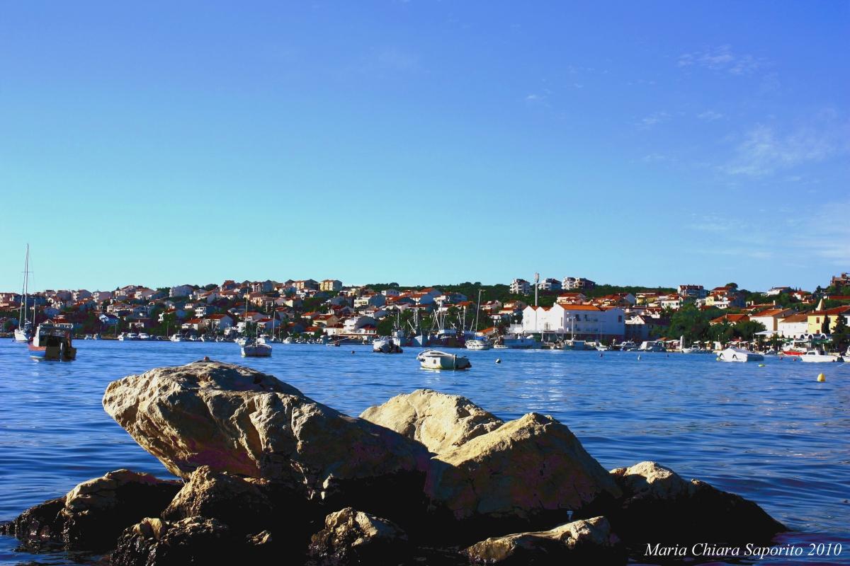Isola di Pag: relax, mare, storia e divertimento low cost nell'Ibiza croata