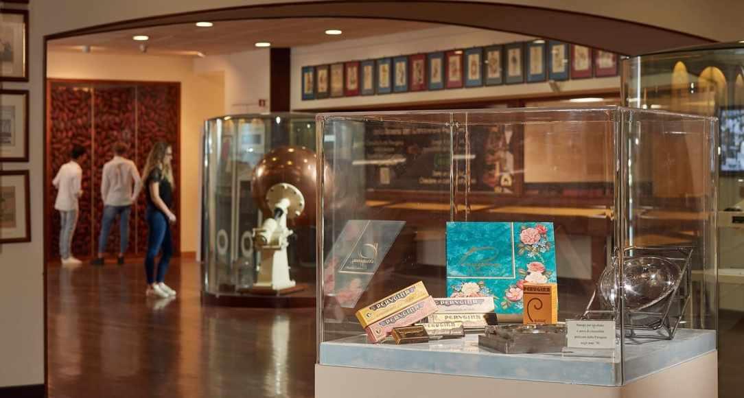 persone-visita-museo-del-cioccolato-perugina